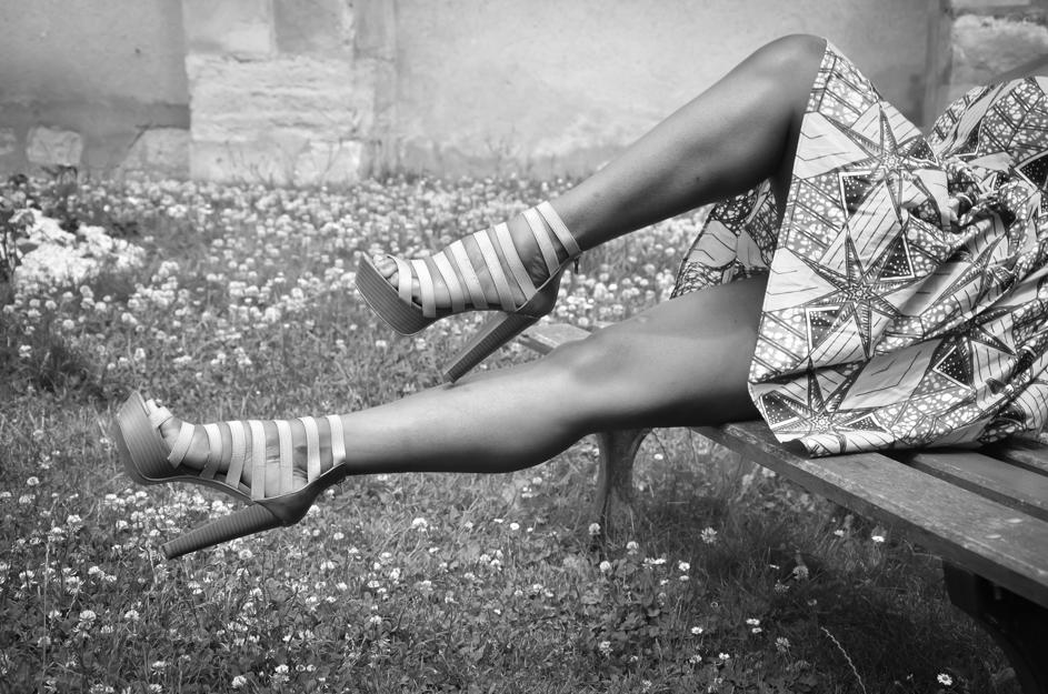 photo-noir-et-blanc-talons-talondoux