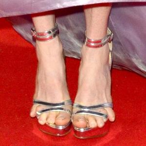 Comment marcher en talons hauts sans avoir mal aux pieds - Blog Talondoux